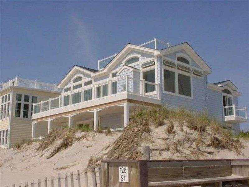 Long-Beach-Vacations3-800x600.jpg